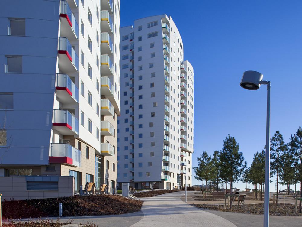 Budynek mieszkalny Hossa Centralpark, ul. Piecewska (garaże, klatki schodowe)